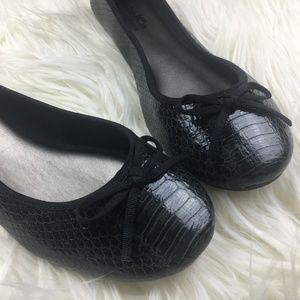 Coach and Four Black Snake Skin Flats Size 8